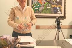 """FAENZA (RAVENNA). UFFICI DELLA CASA DISCOGRAFICA ED EDIZIONI MUSICALI """"GALLETTI BOSTON"""". INTERVISTA AD ANNA GALLETTI CHE INSIEME ALLA SORELLA ALESSANDRA DIRIGE LA CASA DISCOGRAFICA. GALLETTI BOSTON E' SPECIALIZZATA NELLA PRODUZIONE DI MUSICA DI ORCHESTRE DA BALLO E IN PARTICOLARE DI MUSICA LISCIO E FOLK. FOTOGRAFIE REALIZZATE NELL'AMBITO DELLA CAMPAGNA LISCIO@MUSEUM 2009, MUSEO DELLA MUSICA E DEL BALLO TRADIZIONALI ROMAGNOLI. FOLK. DISCHI, LP, 33 GIRI, COPERTINE, TELECAMERA. CASTELLINA- PASI."""